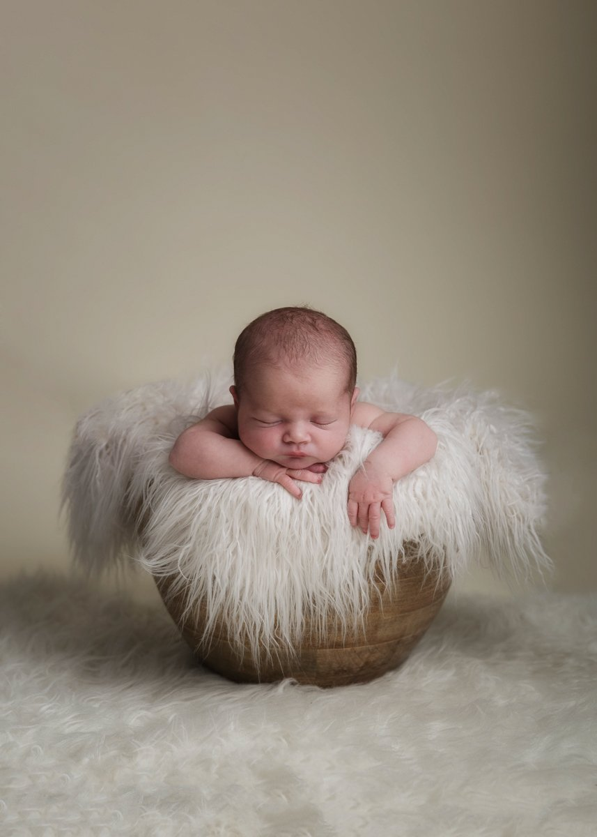 STANSTED NEWBORN PHOTO SHOOT