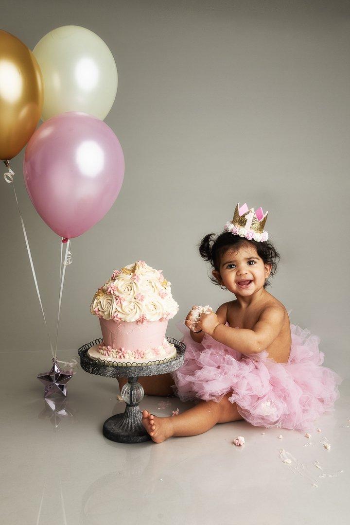 CAKE SMASH PHOTOGRAPHY HERTFORDSHIRE