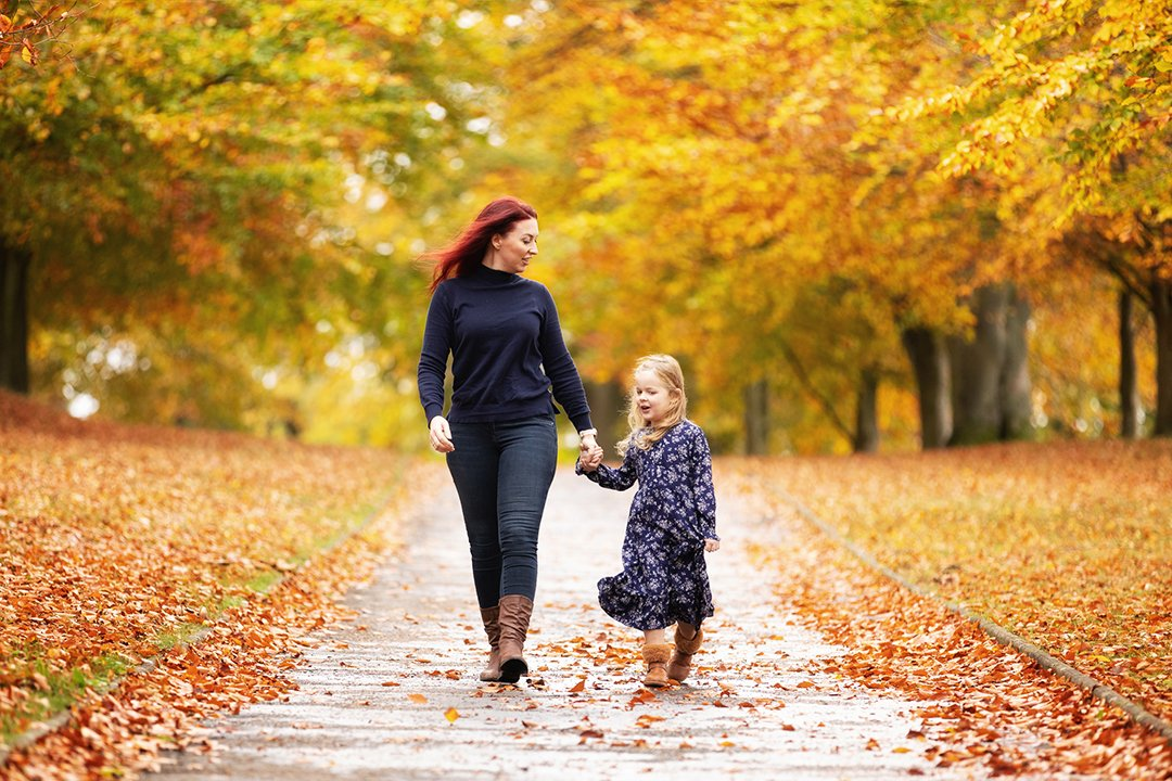 050_Hertfordshire Autumn Mother & Daughter Photo Shoots